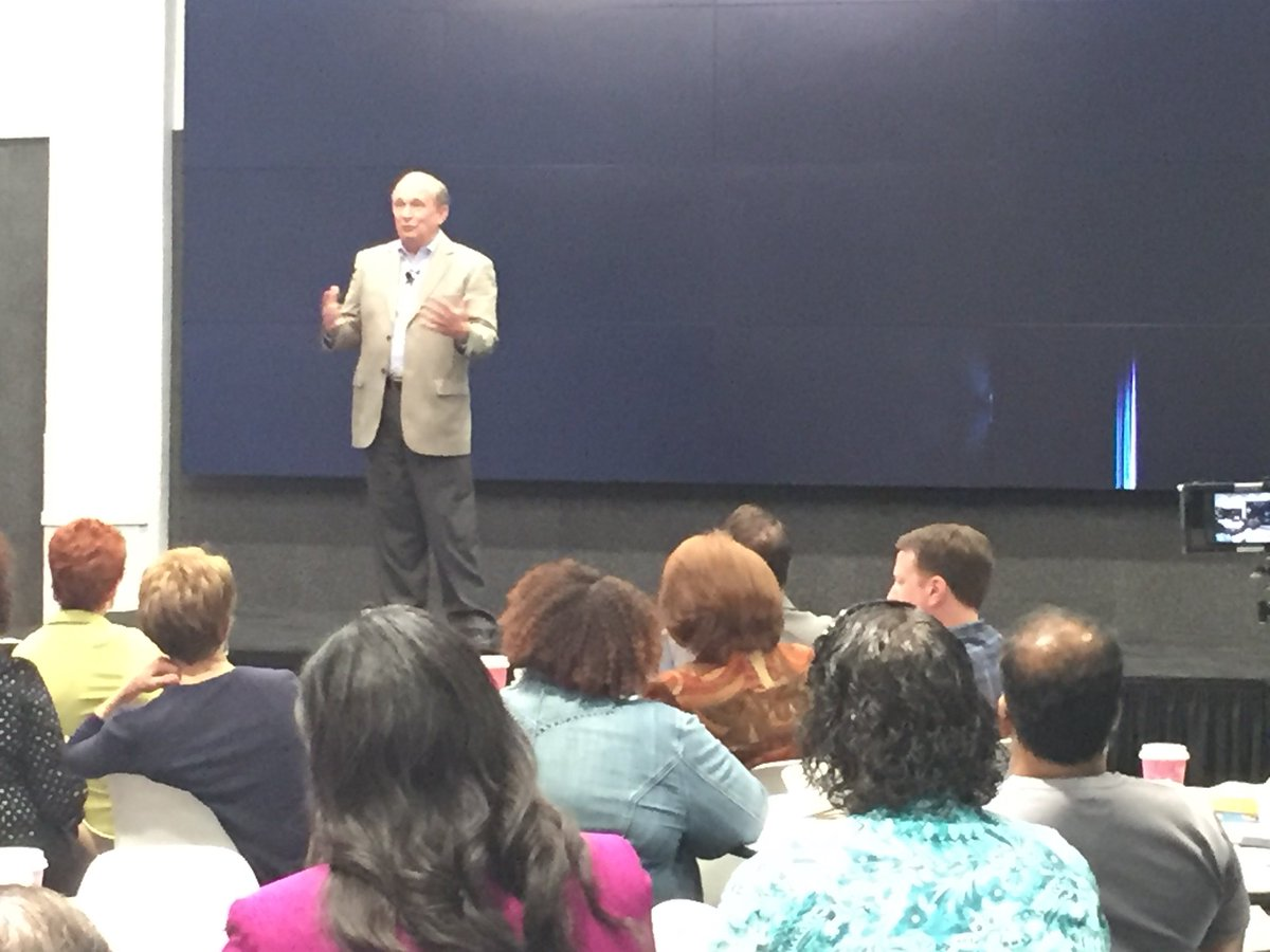 Learning how to make an audience feel part of your presentation w/ Lou Heckler at #nsageorgia monthly meeting. #professionalspeaker <br>http://pic.twitter.com/LwPhgUA7GF