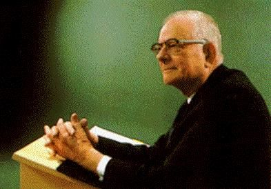 Happy Birthday, W. Edwards Deming. Without you, we would not have #Lean. <br>http://pic.twitter.com/CcnoNXLQ73