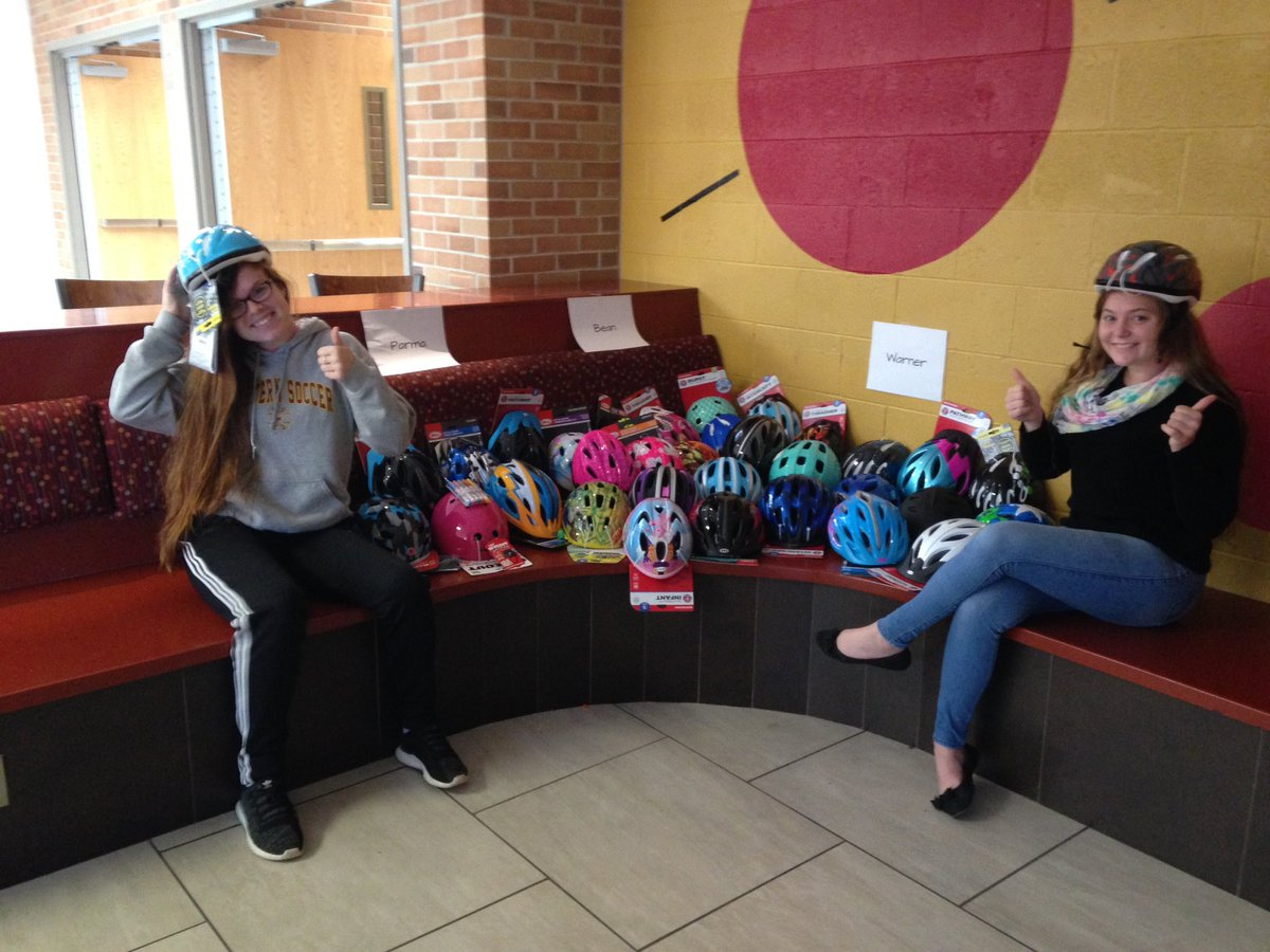 WHS students collect Bike helmets to give back to community.  #Bean #Parma #Warner #PantherPride<br>http://pic.twitter.com/Itu5zAGH5R