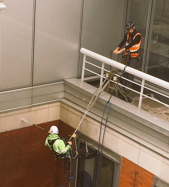 Alfresco Group #abseil team using our Torik stone cleaning system. Then restore the anodised window frames. #selfdeliver our services<br>http://pic.twitter.com/u6tBC9qYlw