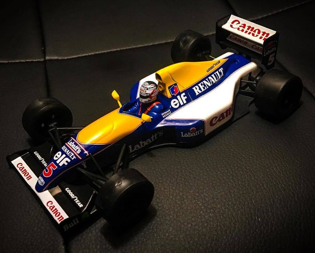 Check out the old Nige in the FW14! Need to get him a Senna to fight with while everyone is in bed. #williamsf1 #f…  http:// ift.tt/2gGNo06  &nbsp;  <br>http://pic.twitter.com/1Yqkc8ubTR