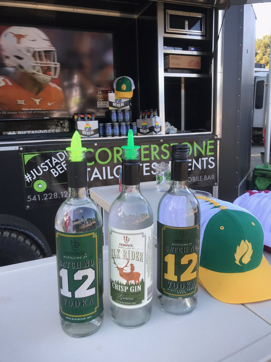 test Twitter Media - Spotted at the farm in Palo Alto for #UOvsSTAN ! #HeritageDistilling #BatchNo12 Vodka and #ElkRider Crisp Gin @CstoneTailgates #WinTheDay https://t.co/SVEqTd2Fty