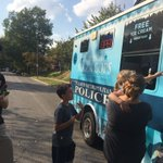 #STLPolarCops taking advantage of this beautiful weather by visiting the block party in the 3800 Block of Hartford! #CommunityEngagement