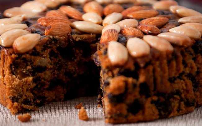 Tour #Scotland travel photograph of delicious #fruit and #nuts cake Ideal food for your #Autumn visit #NationalDessertDay<br>http://pic.twitter.com/TpHoi2HNhu