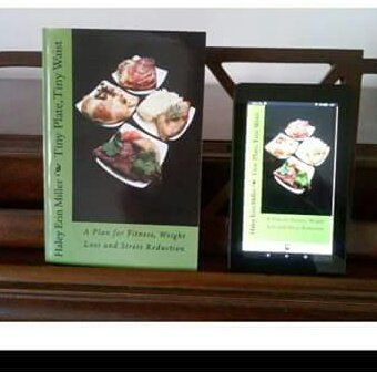 http://www. tinyplatetinywaist.com  &nbsp;    Do you prefer #paperbacks or #ebooks?  It&#39;s available in both formats!  #inspiringquotes #inspirational #stretching<br>http://pic.twitter.com/8157i6y5Be