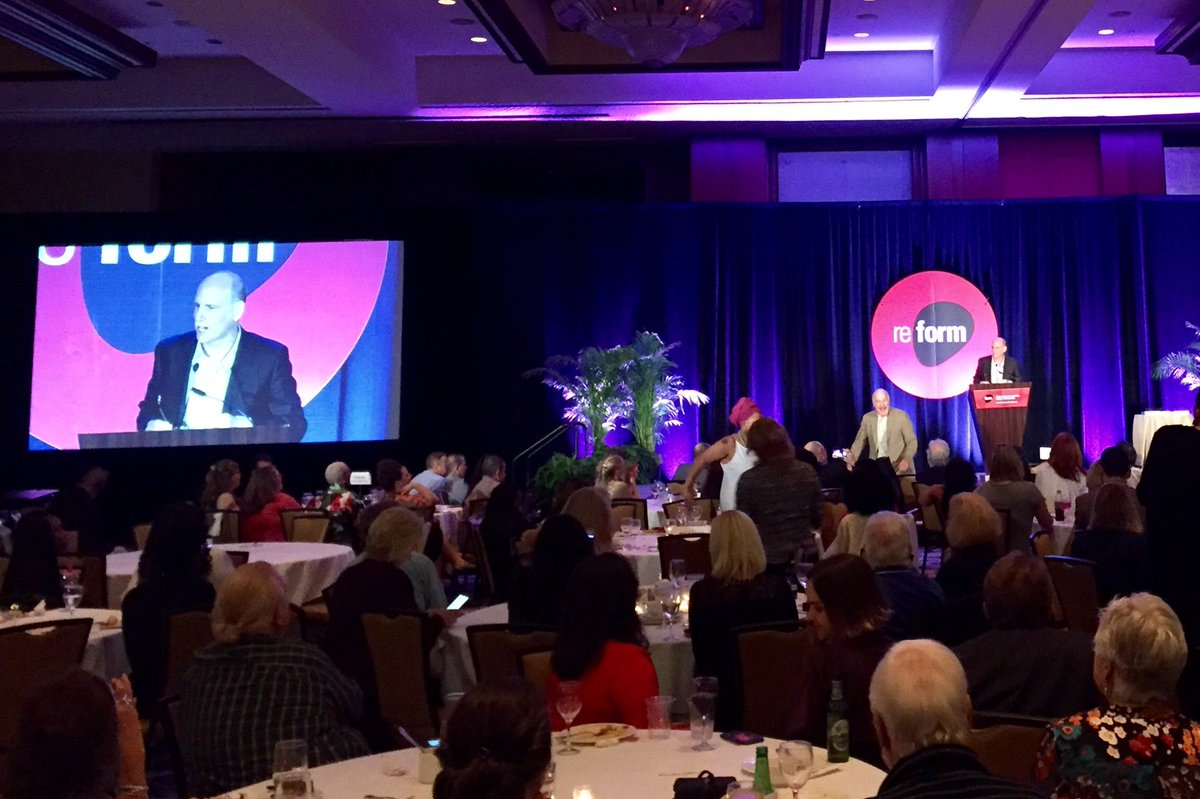&quot;Drug policy should be grounded in science, compassion, health &amp; human rights&quot; - fantastic farewell speech from @ethannadelmann #Reform17 <br>http://pic.twitter.com/OzDcFIZxx9