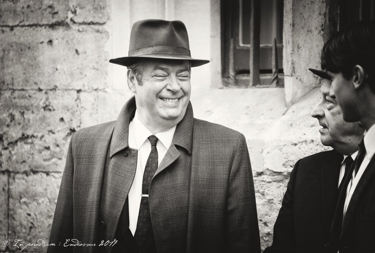 40 seconds of Thursday. S5F5, Sept 19th 2017, Radcliffe Sq, Oxford. #Endeavour #ShaunEvans @All_Allam @LewisPeek @EndeavourTV @mammothscreen<br>http://pic.twitter.com/JuQd02K1We
