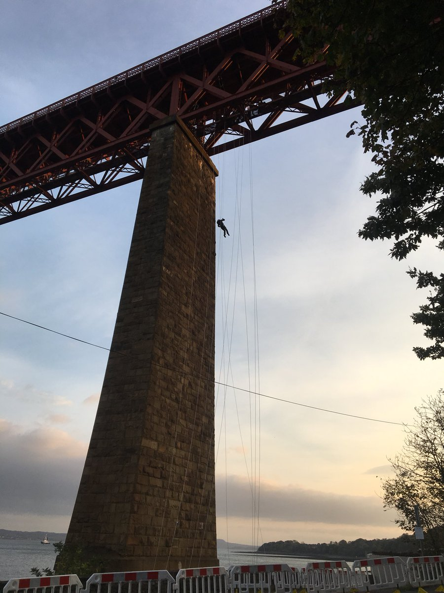 A lovely morning for an #abseil from the #forthbridge - see you soon #TeamBarnardos <br>http://pic.twitter.com/dyyt71HnfZ