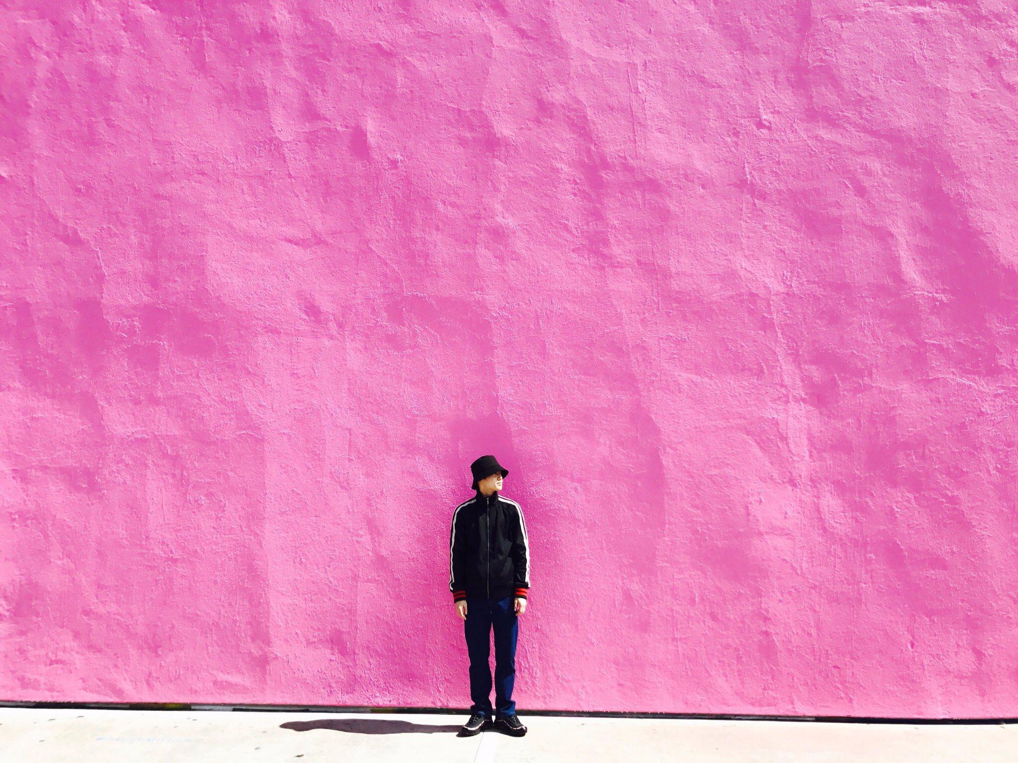 EXO队长SUHO【就是这么会拍】讲究配色的拍摄水准超给力!随意拍一拍,每张都是画报!