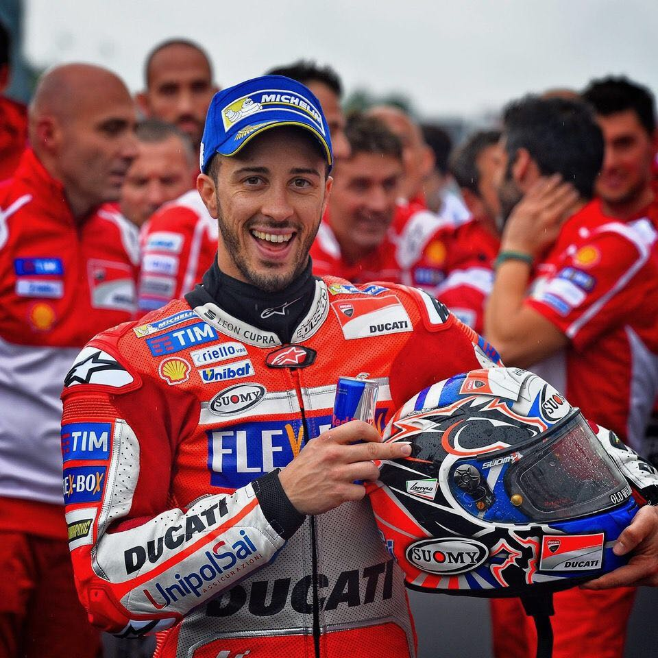 Today the dark horse of irrationality prevailed! #DesmoDovi #AD04  #ForzaDucati #MotoGP #Alpinestars #SuomyHelmets #RedBull #oldwildwest<br>http://pic.twitter.com/5Ccq042Tcl