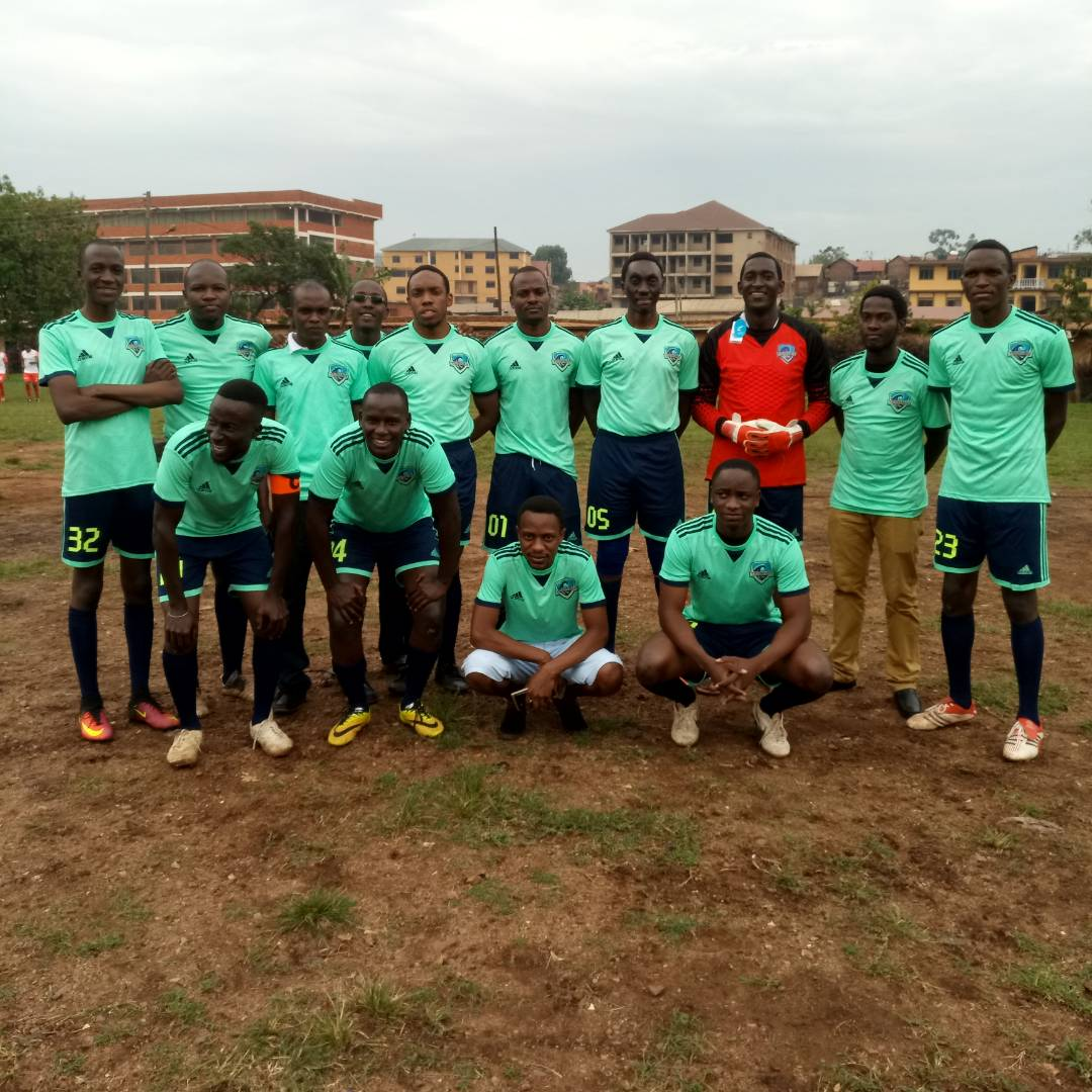 @TheSMACKLeague #Tsunamis v #Window new kit launch and 1-0 to the Tsunamis thanks to @Sa5muelSB<br>http://pic.twitter.com/u7FBVl9ler