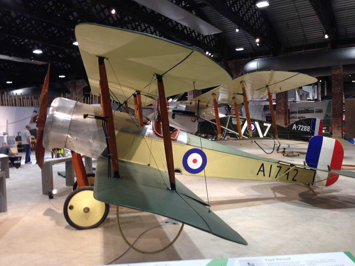 Looking forward to taking friends and family to show off proud #Bristol #AeroSpace story when @BristolAero opens https://t.co/7tHu2xeRRj