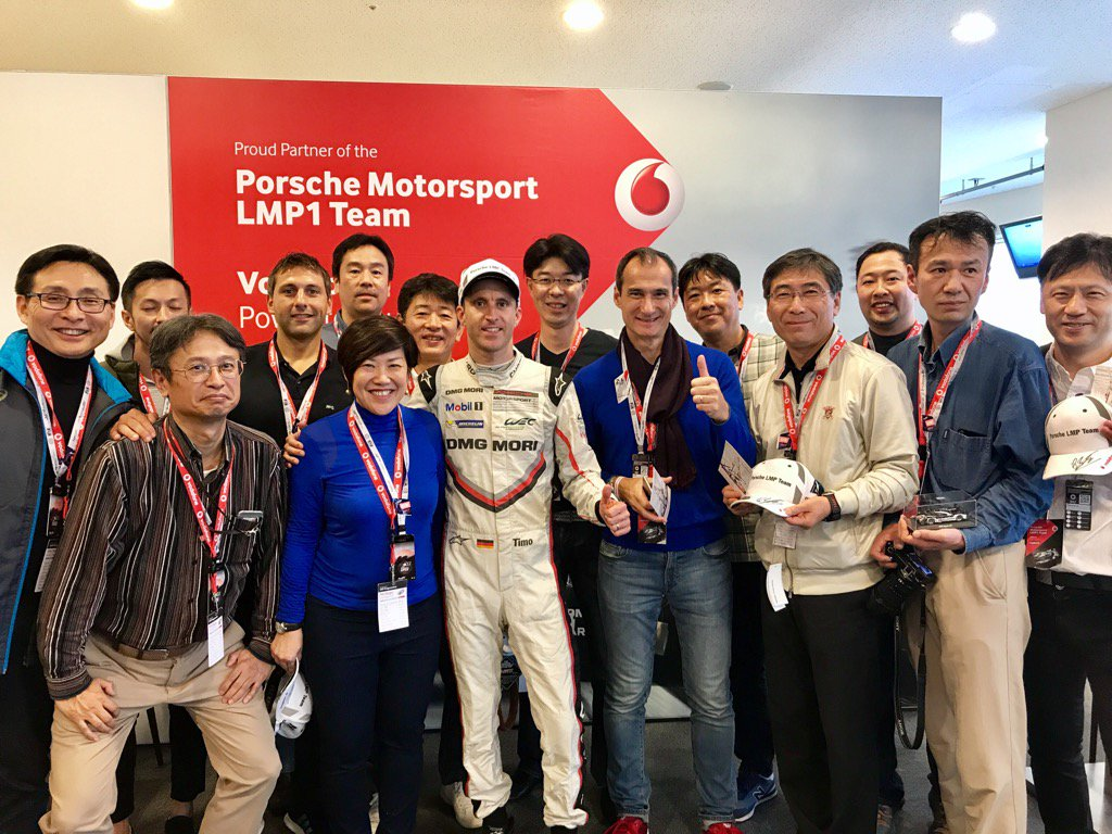 Big thank you to #vodafone and team #porsche919 - a fab experience despite the appalling conditions. <br>http://pic.twitter.com/ATrN6chfGF