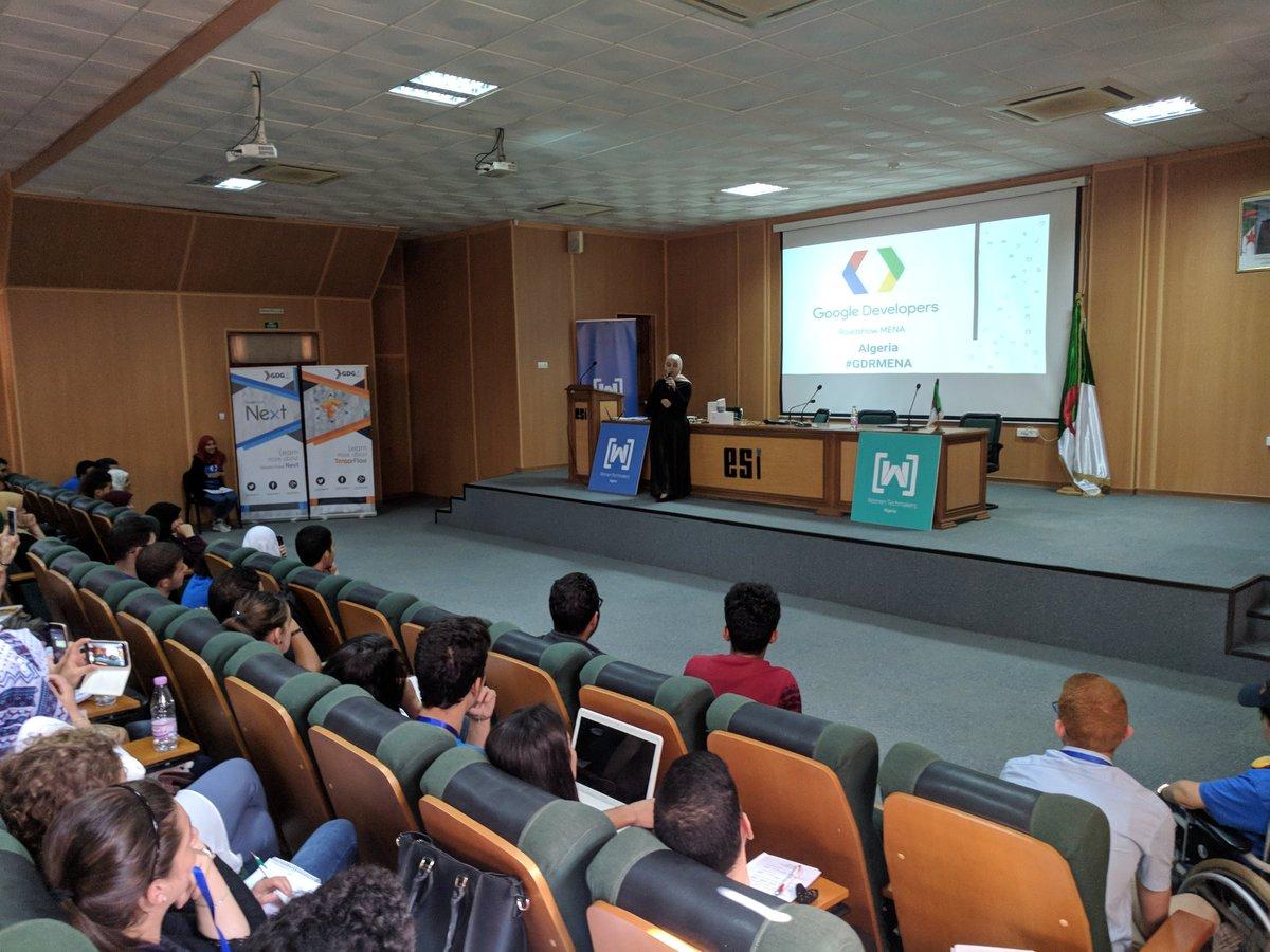 #GDRMENA #algerie @RayanZahab doing @GoogleAssistFR demo<br>http://pic.twitter.com/d7GctYagG0