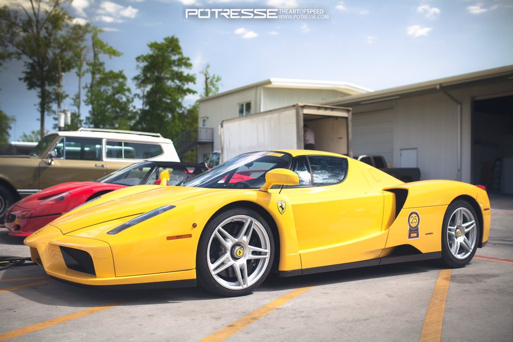 RT if you love a Yellow Ferrari #ferrari #supercarsunday #enzari<br>http://pic.twitter.com/aoJnKSvtXD