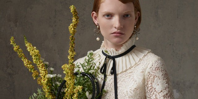 The Erdem x H&M collection is floral perfection https://t.co/383yY7OAYG https://t.co/CsJlrSoaxp