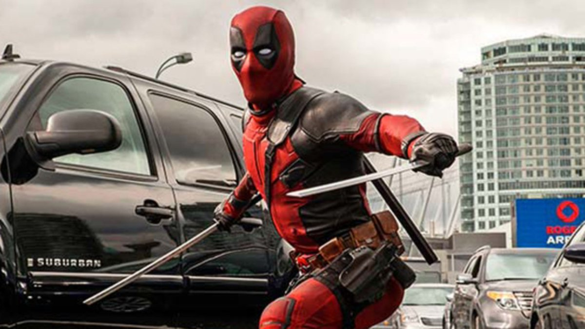ICYMI: Ryan Reynolds Shares New #Deadpool2 Photos, Teases Easter Eggs In Almost Every Scene  http:// comicbook.com/marvel/2017/10 /15/deadpool-2-photos-easter-eggs/ &nbsp; … <br>http://pic.twitter.com/TB1wfKm4ff