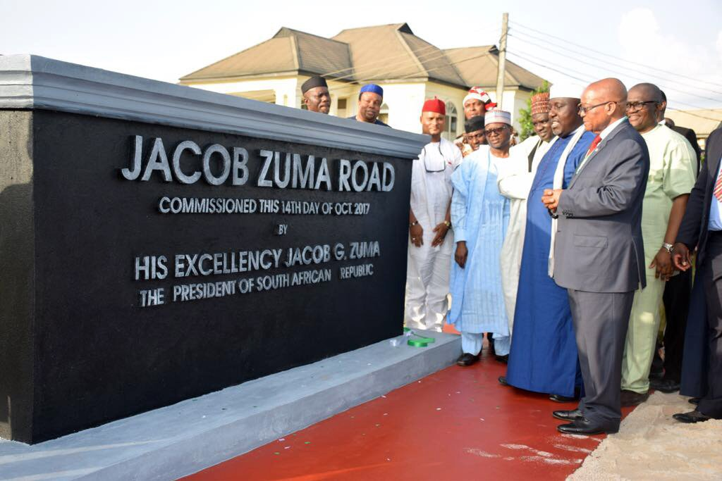 A bronze statue of President Jacob Zuma unveiled and a road named after President Zuma as part of the honour by the Imo State in Nigeria
