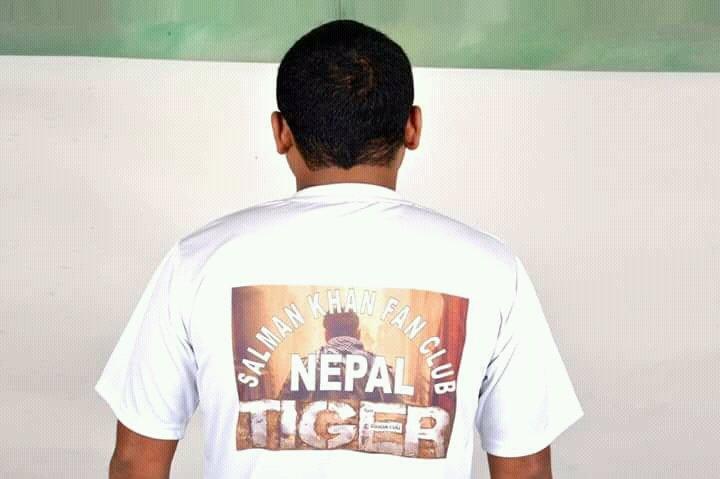 The craze of @TigerZindaHai begins in #Nepal also...@BeingSalmanKhan @aliabbaszafar @yrf @Rahulrautwrites<br>http://pic.twitter.com/wN1L8Bqlhf