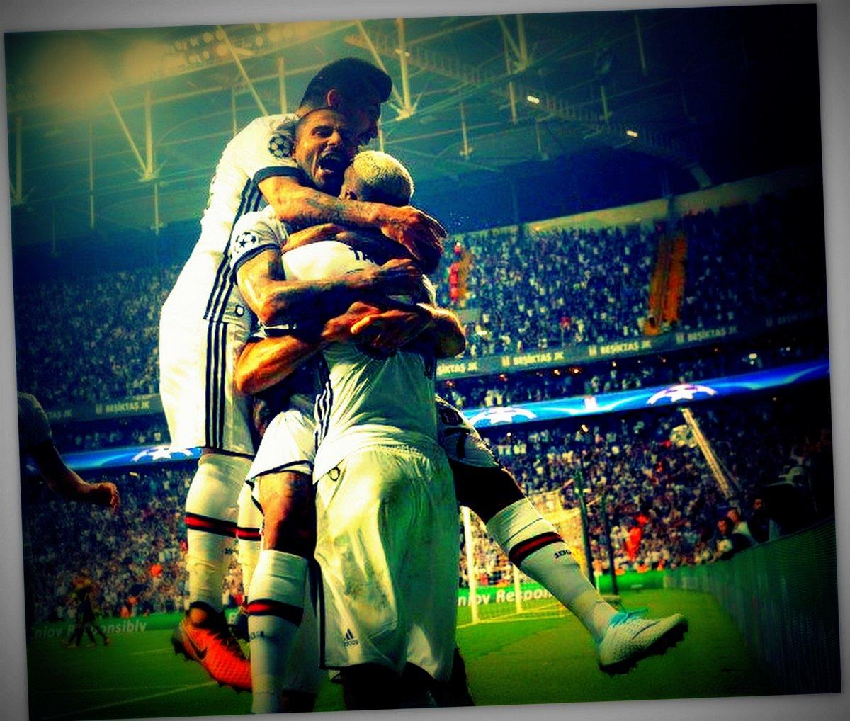 Zafer için kenetlen #Beşiktaş  #UCL http...