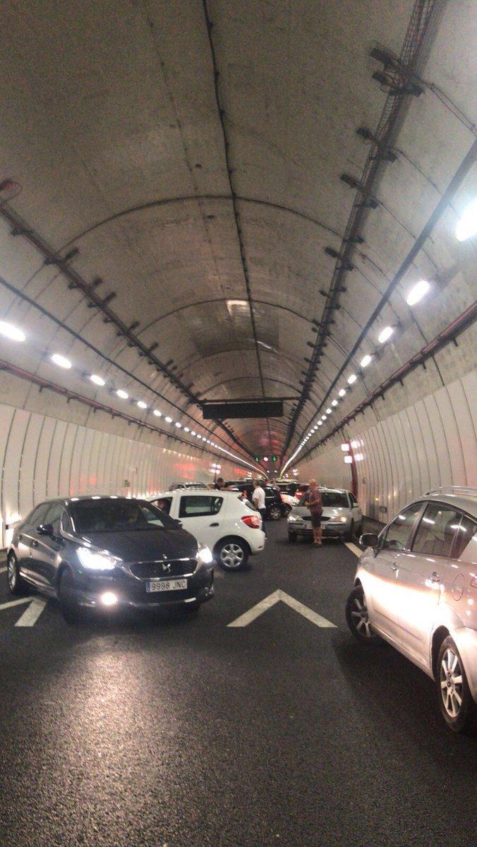 Máis fotos que nos chegan. O túnel da Cañiza. https://t.co/xd6HoHL1uK