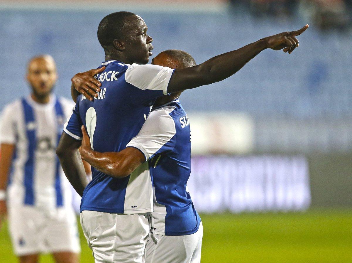 ⚽️ 10 golos em 10 jogos. 👏👏 Aboubakar. #FCPorto #LGCFCP