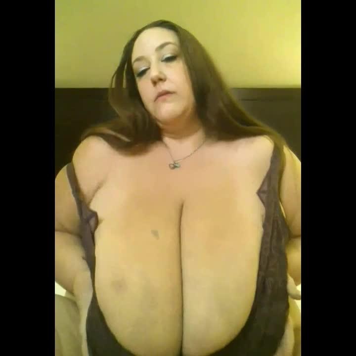 Bbw breast play
