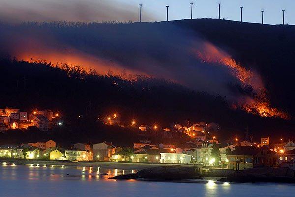 Grave la situación en Galicia. Urge actuar, urge todo el esfuerzo y toda la atención hacia poniente. https://t.co/GXIzGoObSJ