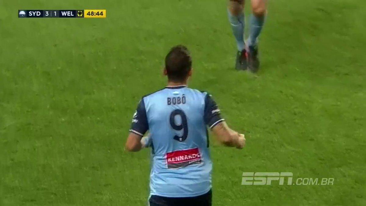 Ex- @Corinthians , @Cruzeiro e @Gremio , Bobô faz dois gols pelo Sydney FC na Austrália https://t.co/NzjbAMsqRo