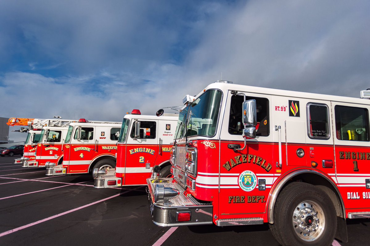 Seagrave Fire Apparatus >> Wakefield Fire Dept On Twitter Our Lineup Of Seagrave