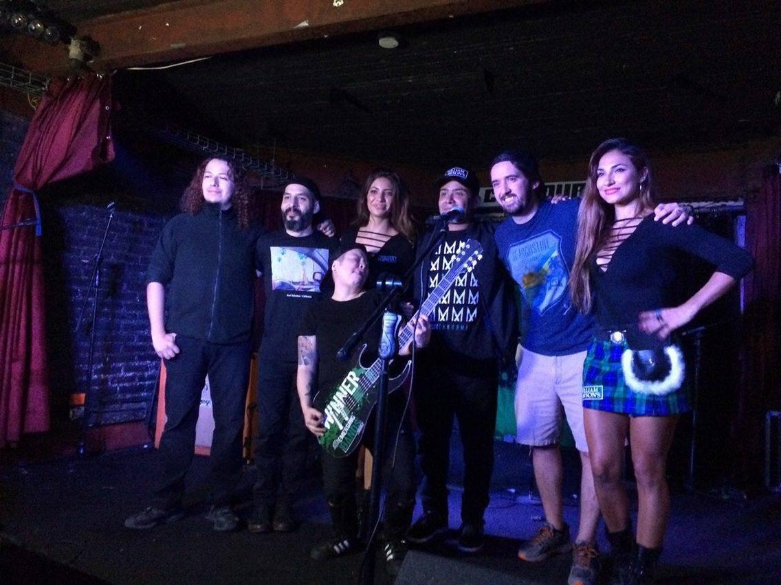 ¡El Emerging Bands ya tiene ganador! @Madissonband será la banda que le abrirá un showcase a @MolotovBanda este 9 de noviembre ¡Felicidades! https://t.co/O7sfD5qHnS