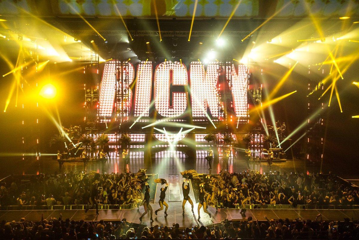 Resultado de imagem para Ricky Martin Park Theater