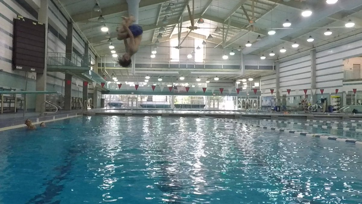 First ever Heritage High Diving practice is in the books #dontsleeponus #progress #nosplash #flawless <br>http://pic.twitter.com/p8uZG2ROwz