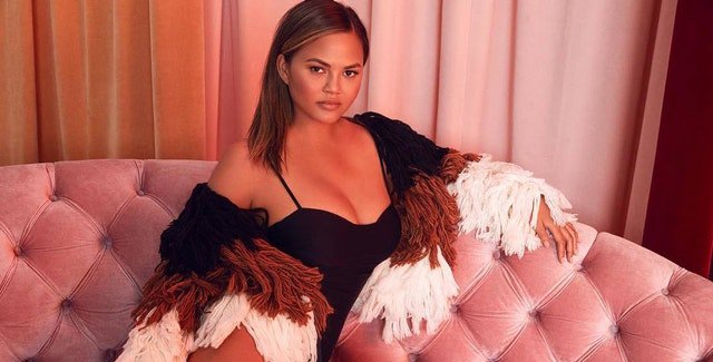 Chrissy Teigen's new clothing line is very much ::chef's kiss:: https://t.co/u1tRru3cw7 https://t.co/QaNswLNC0h