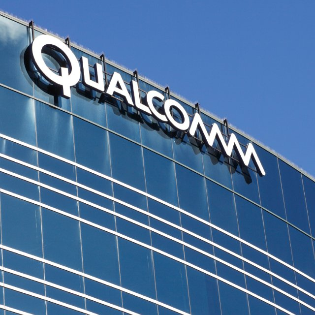 #Qualcomm #Seeks #China #iPhone #Ban, Expanding #Apple Legal #Fight. More details here  https:// goo.gl/JEcaSy  &nbsp;  <br>http://pic.twitter.com/qFd7WVu9NI