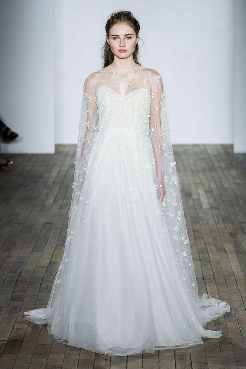 The Biggest Wedding Dress Trends - Bridal Fashion Week  #Xavana #XavanaShop #Fashion #TrendyFashion #WeddingDresses #ModernDresses #WeddingTrends #BridalFashionWeek  Source:  http:// bit.ly/2xvYdr2  &nbsp;  <br>http://pic.twitter.com/jsgCH7wkF1