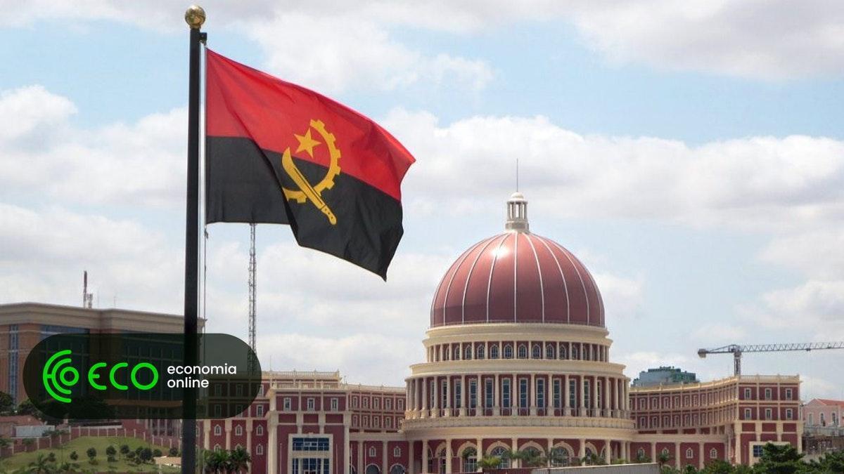 #Angola admite vir a pedir assistência ao FMI https://t.co/LEG01UITfZ