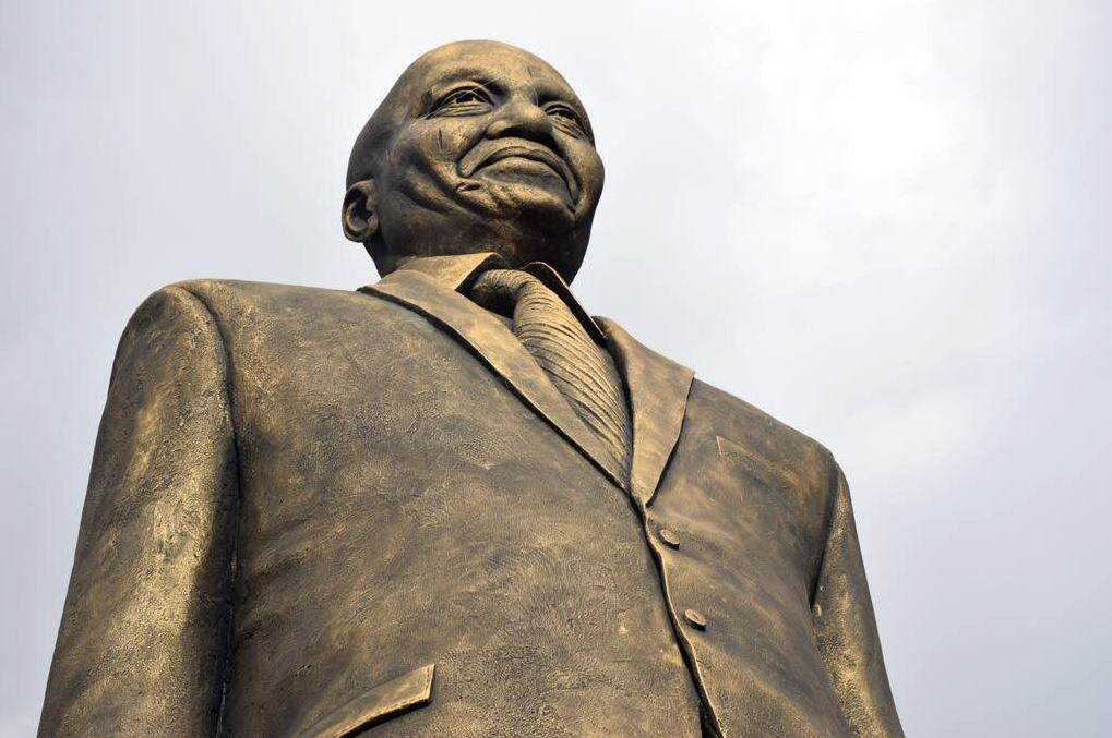 A bad move? Anti-corruption groups condemn Nigeria for honouring South African President Zuma with a statue 🇳🇬🇿🇦 https://t.co/UcBsRDRab4