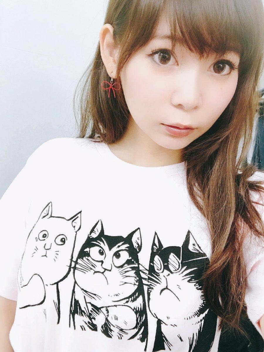 猫Tシャツ中川翔子