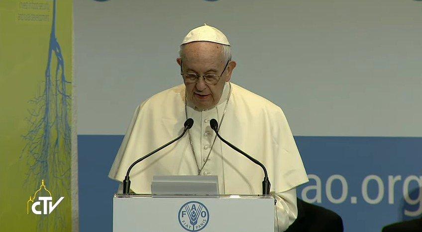 #Papa alla #Fao: occorre volontà e dialogo per bloccare i conflitti e giungere al disarmo #WFD2017 https://t.co/IHWylkt8yA