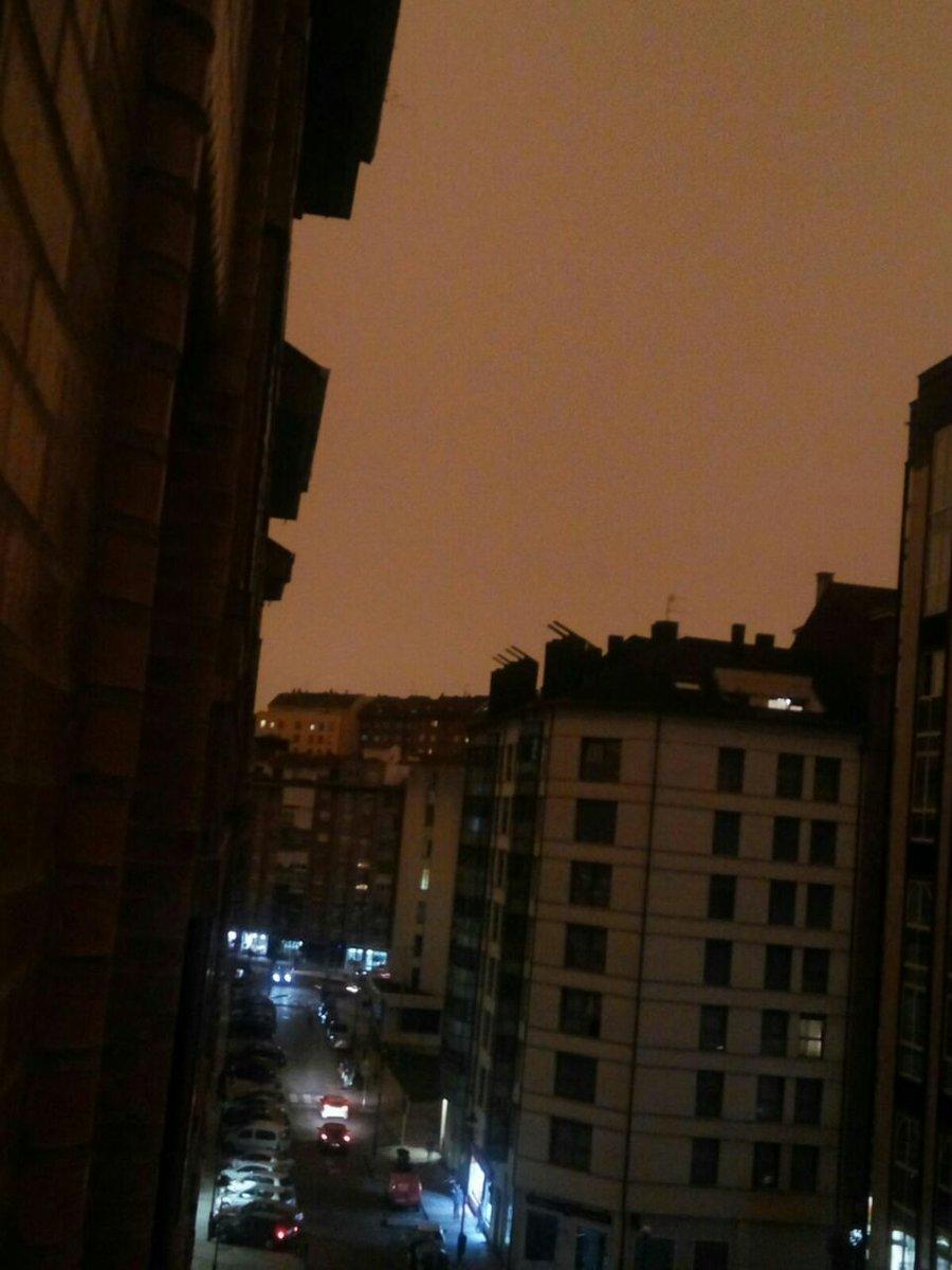 Así está el cielo asturiano porque tambi...