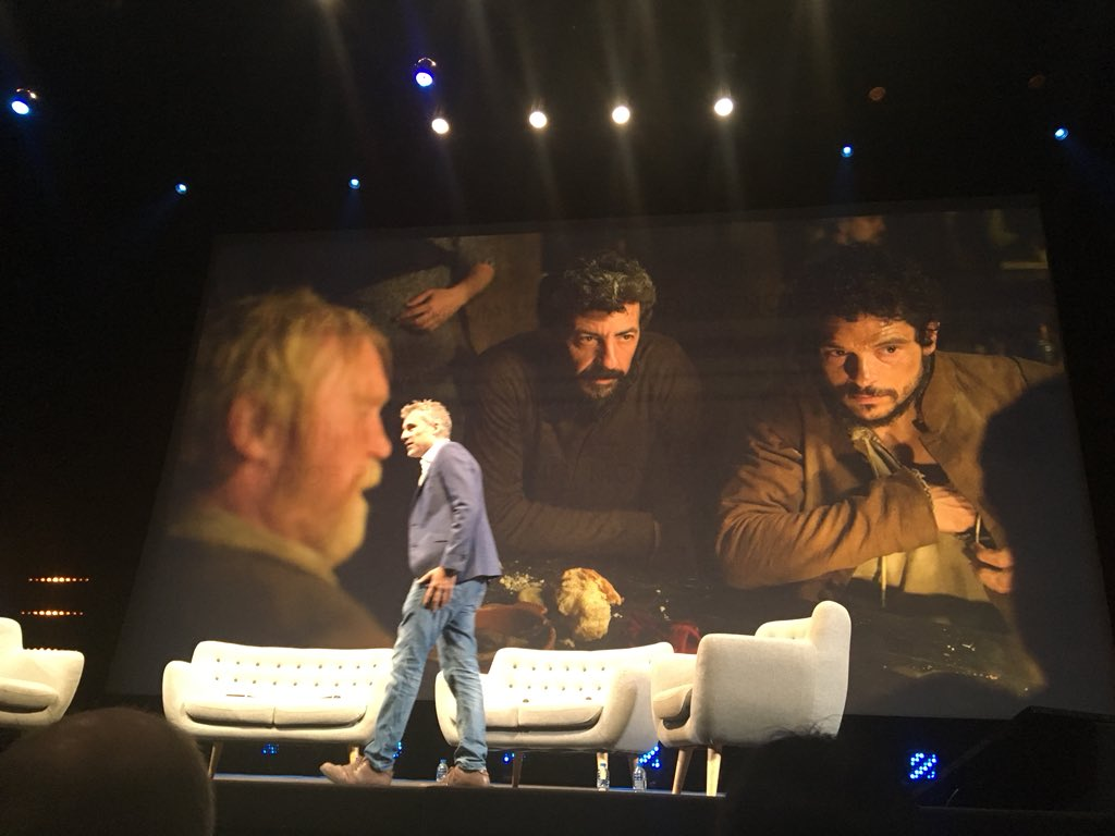 Domingo Corral to talk about Movistar's plans to launch one original series a month #MIPCOM @mip #content #originals #movistar <br>http://pic.twitter.com/EYhVWCmCWf