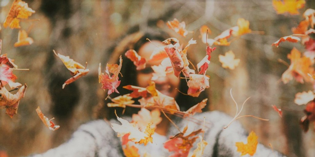 A build-up of toxins post-Summer, fading light and weakened immunity can lead the body to develop seasonal depression #helloautumn <br>http://pic.twitter.com/KP8THMTJ5k