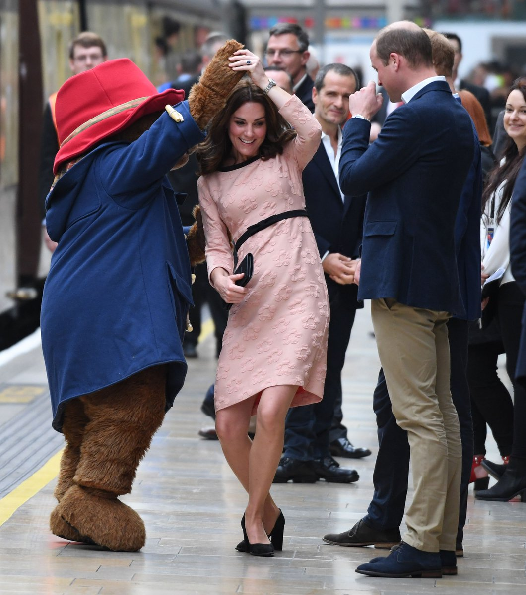 The Duchess of Cambridge is currently dancing with @paddingtonbear at Paddington station