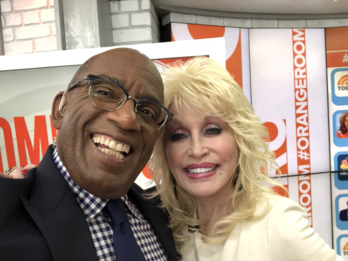 Another reason why I #love #working on @todayshow @dollyparton is on this #morning<br>http://pic.twitter.com/NopfQDVUce