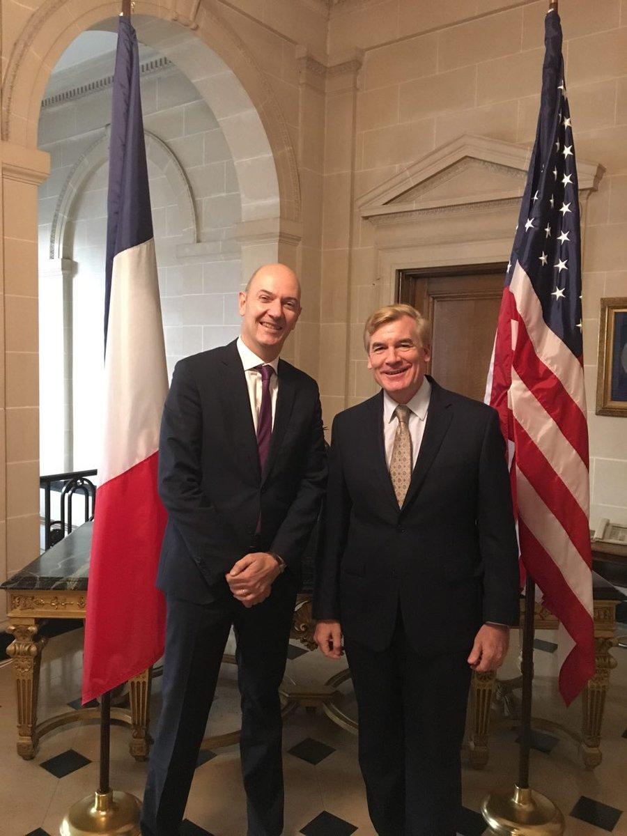 Échange avec Brent Hardt et les conseillers pol et éco @USEmbassyFrance. Comme à l'IRS à #Washington, j'ai abordé les questions de fiscalité pic.twitter.com/AGKwgjZ4Jz