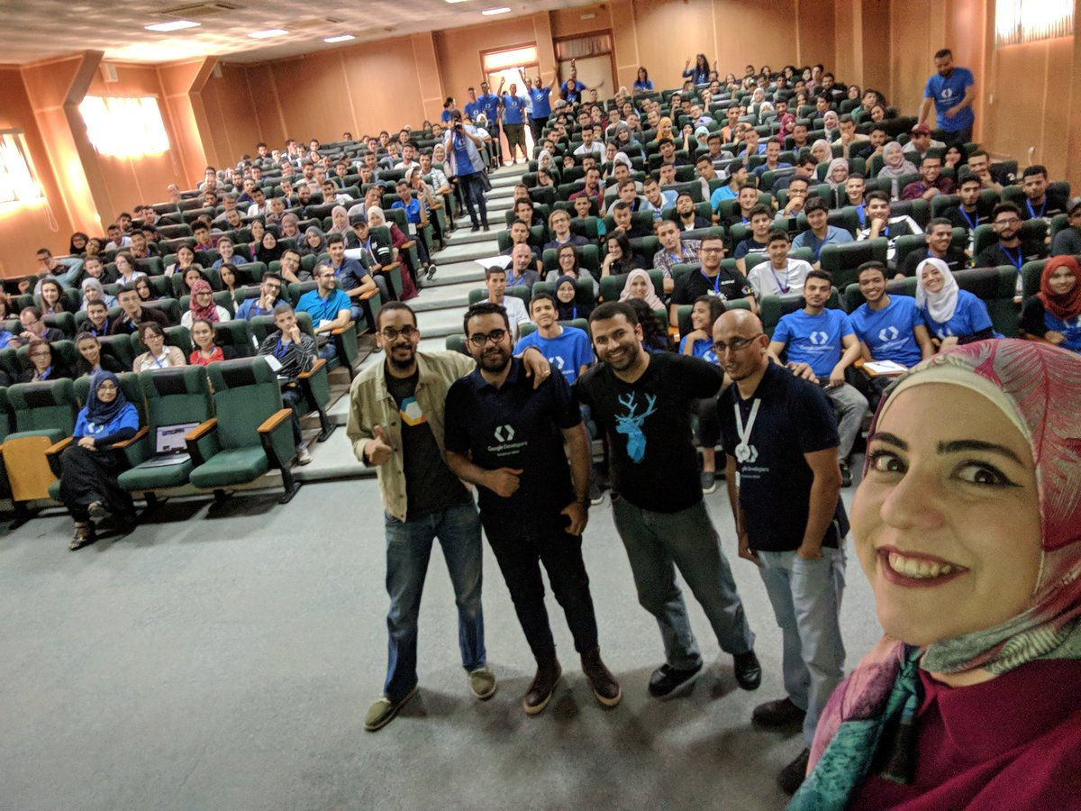 Awesome #GDRMENA #ALGERIE Highlights; +550 participants.Thank you #GDEs #WTM @amahdy7 @Omranic  @RayanZahab @omerio @dzgueno  @GDG_Algiers<br>http://pic.twitter.com/gQKtyKhcaP