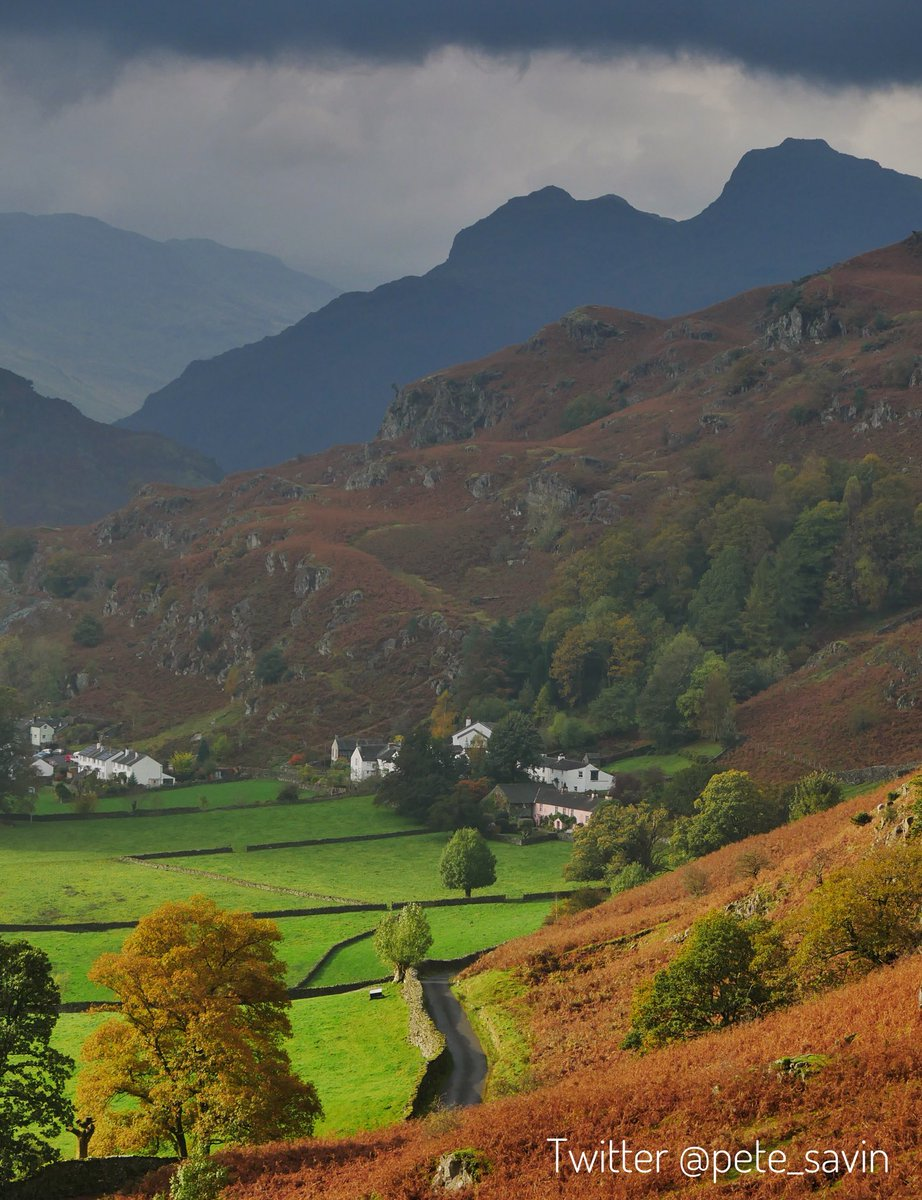 #Langdale this afternoon as #StormOphelia approaches the #LakeDistrict q<br>http://pic.twitter.com/vtEd6lb6jm