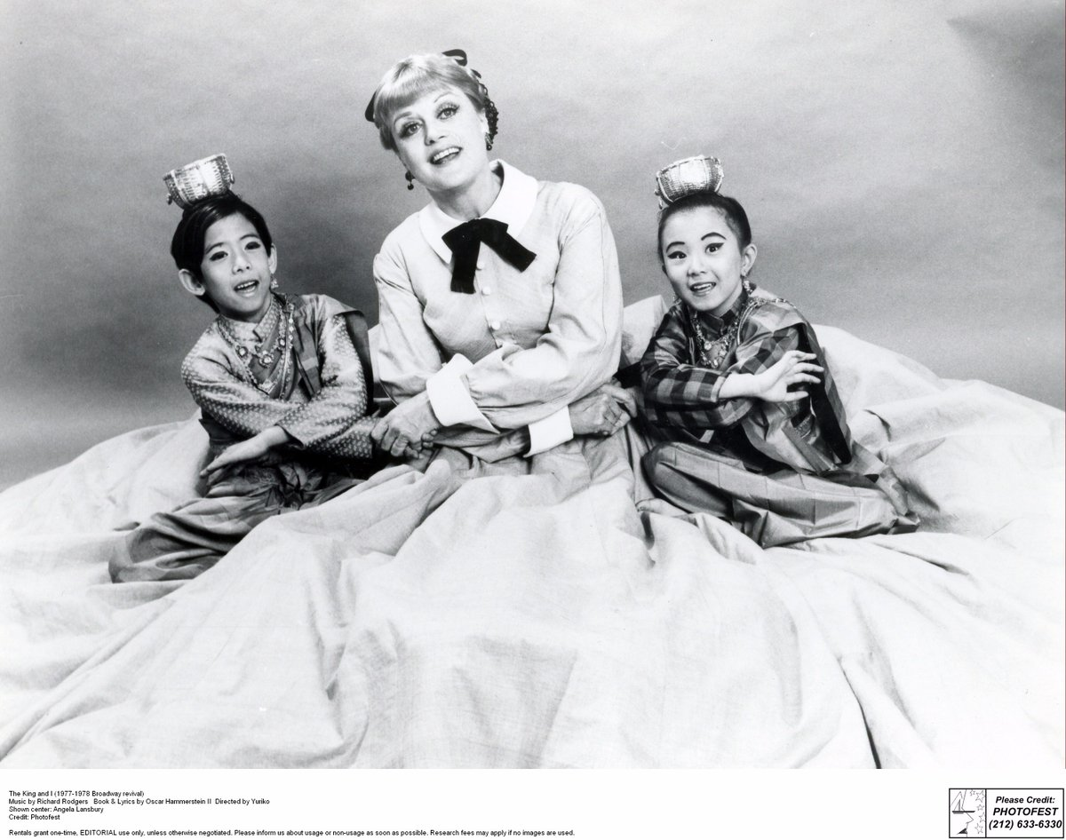 Happy 92nd Birthday to #AngelaLansbury! Lansbury played 'Anna Leonowens' in the 1977/1978 #Broadway revival of #KingAndI! RT to celebrate!<br>http://pic.twitter.com/1SEq5ZiNKy