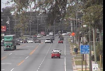 #TRAFFIC HEADS UP: Crash on Highway 98 & Mound Ave. in Panama City. The westbound inside lane is blocked. Be careful & expect some delays.